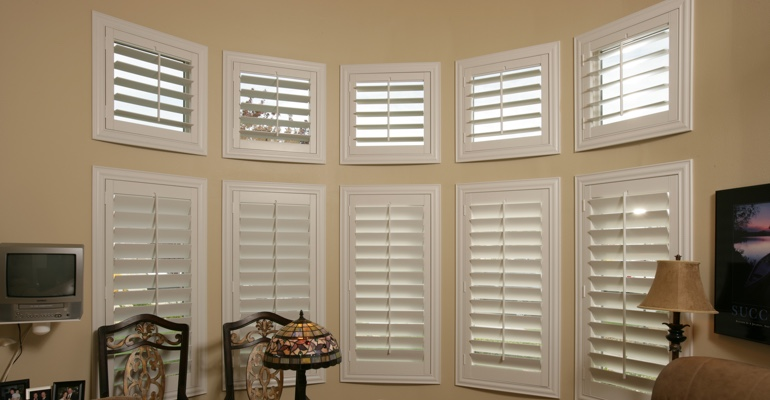 Bay window shutters Cleveland home office