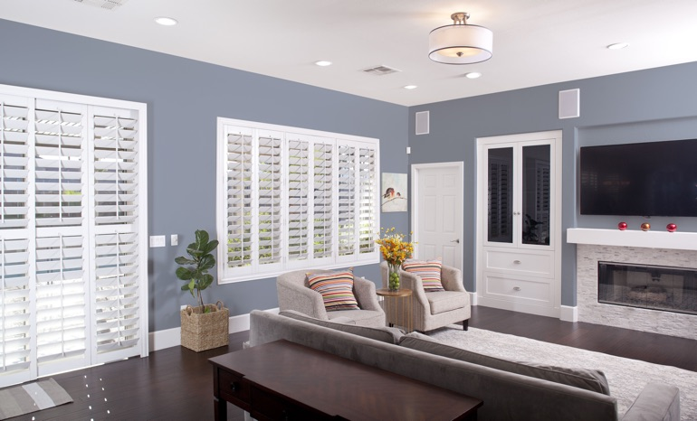 Plantation Shutters In A Cleveland Living Room.